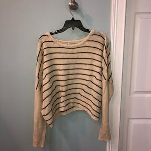 Urban Outfitters Sweater S
